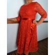 Red lace ruha