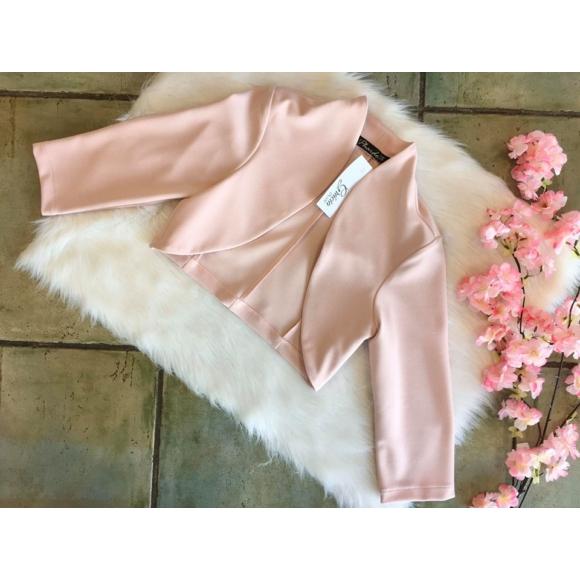 Rózsaszín boleró
