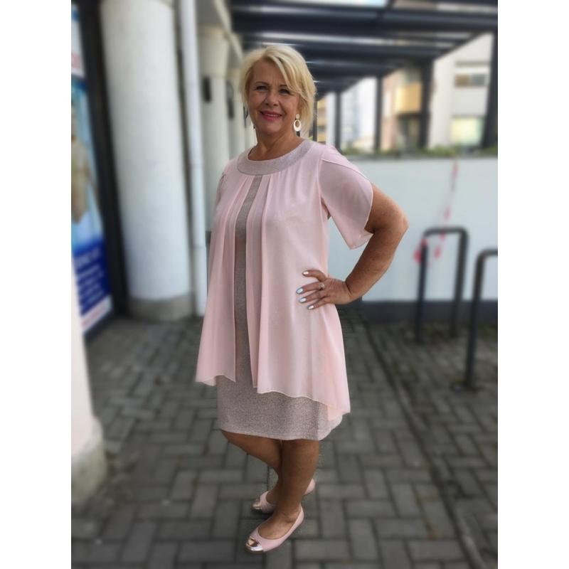 Julcsi rózsaszín ruha