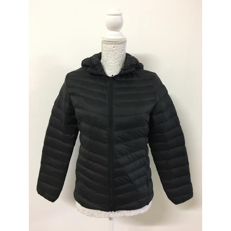 Tavaszi fekete kabát