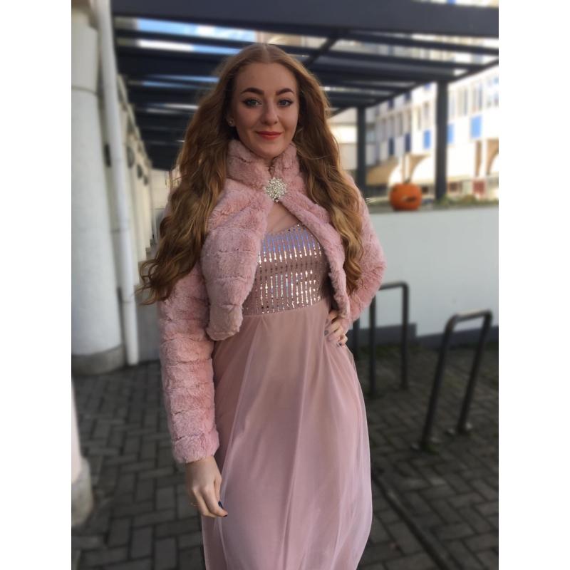 Rózsaszín bunda