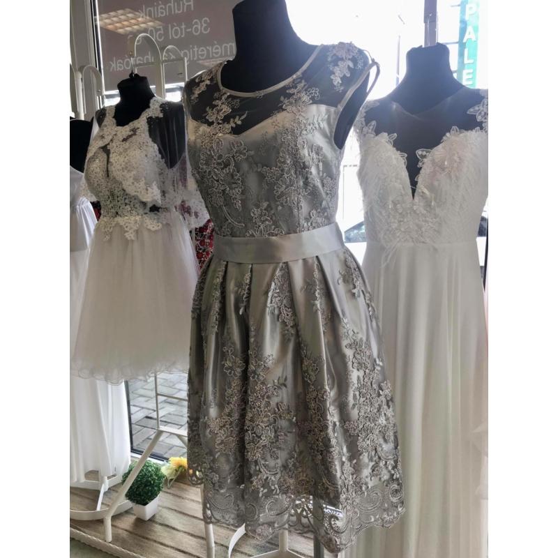 Diana ezüst ruha
