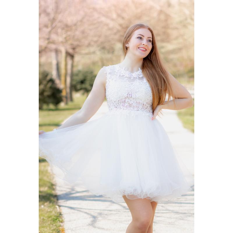 Neri fehér ruha